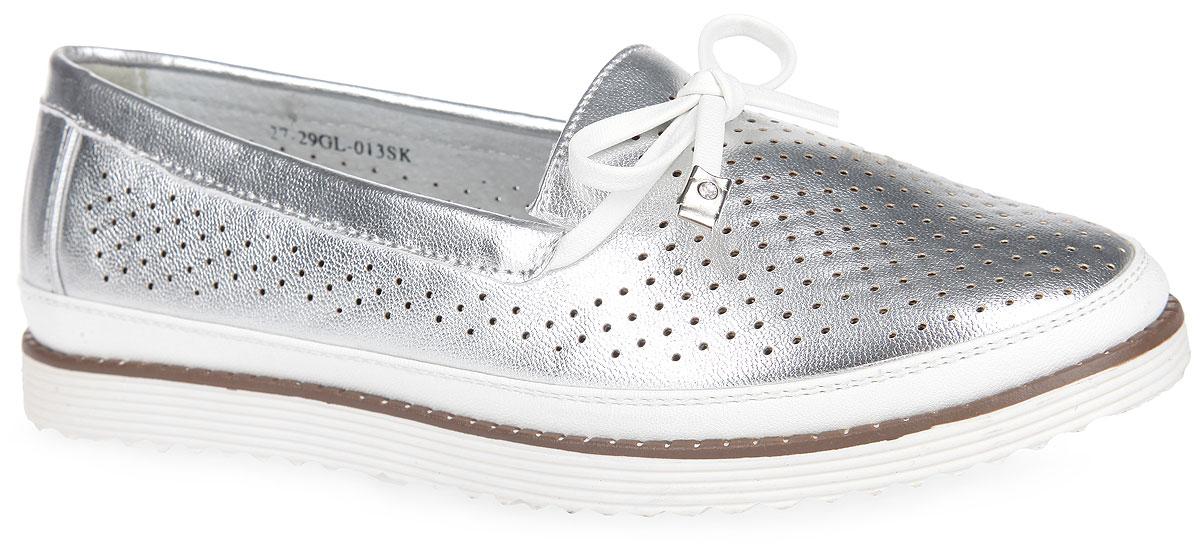 27-29GL-013SKСтильные туфли от MakFly придутся по душе вашей маленькой моднице и идеально подойдут для повседневной носки в летнюю погоду! Модель выполнена из искусственной кожи и оформлена по верху перфорацией. Подъем декорирован милым бантиком с металлической фурнитурой, инкрустированной стразами, рант - вставкой из кожи контрастного цвета. Внутренняя часть и стелька изготовлены из искусственной кожи. Стелька дополнена супинатором, который обеспечивает правильное положение ноги ребенка при ходьбе, предотвращает плоскостопие. Рифленая поверхность подошвы обеспечивает отличное сцепление с различными поверхностями. Оригинальные туфли - незаменимая вещь в гардеробе каждой девочки!
