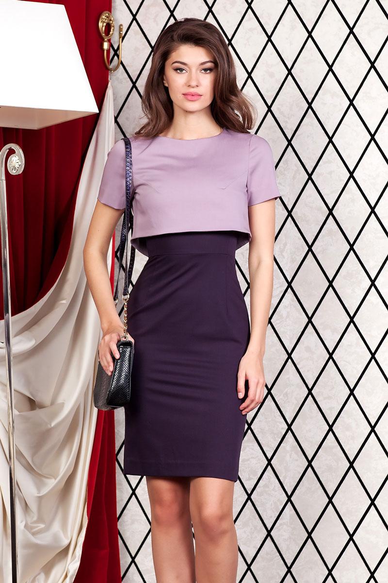Платье4800301_75Элегантный костюм состоит из платья и болеро. Платье прямое длиной до колена без рукавов, отрезное по линии талии. V-образный вырез горловины. Сзади застежка молния и шлица. Болеро короткое прямое на подкладке с коротким рукавом. Болеро сзади пристегивается к платью на две пуговицы.