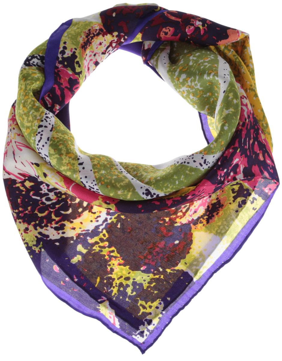 1801329-5Стильный женский платок Venera станет великолепным завершением любого наряда. Платок изготовлен из натурального шелка и оформлен оригинальным принтом. Классическая квадратная форма позволяет носить платок на шее, украшать им прическу или декорировать сумочку. Такой платок превосходно дополнит любой наряд и подчеркнет ваш неповторимый вкус и элегантность.