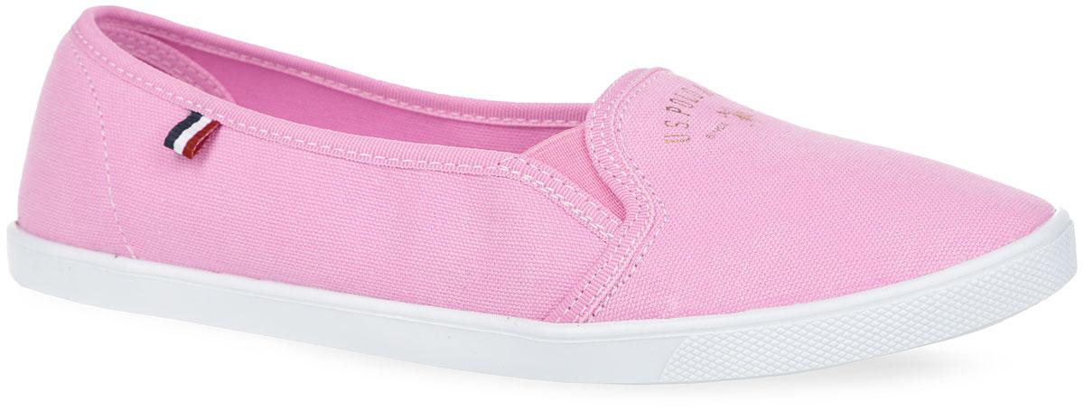 Слипоны женские. S082SZ033ZYLY6TAPACU-950S082SZ033ZYLY6TAPACU-950Оригинальные женские слипоны от U.S. Polo Assn. покорят вас с первого взгляда. Модель выполнена из текстиля и оформлена в области подъема фирменным принтом, эластичными вставками для лучшего прилегания обуви к ноге, с одной из боковых сторон - декоративным ярлычком. Текстильная подкладка предотвратит натирание. Стелька из ЭВА с верхним покрытием из текстиля обеспечит комфорт и уют. Стелька декорирована оригинальным принтом. Рельефная поверхность подошвы обеспечит отличное сцепление с различными поверхностями. Стильные слипоны - отличный вариант на каждый день. Уважаемые клиенты! Просим обратить ваше внимание на тот факт, что товар немного маломерит.