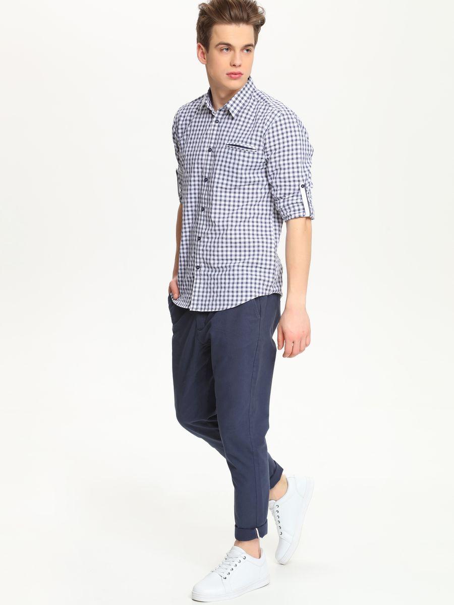 РубашкаSKL1988GRСтильная мужская рубашка Top Secret, выполненная из натурального хлопка, обладает высокой теплопроводностью, воздухопроницаемостью и гигроскопичностью, позволяет коже дышать, тем самым обеспечивая наибольший комфорт при носке. Модель приталенного кроя с отложным воротником застегивается на пуговицы. На груди имеется прорезной карман. Длинные рукава рубашки дополнены манжетами на пуговицах. При желании рукава модели можно подвернуть, зафиксировав отвороты с помощью хлястика на пуговице. Оформлено изделие принтом в клетку. Такая рубашка подчеркнет ваш вкус и поможет создать великолепный стильный образ.