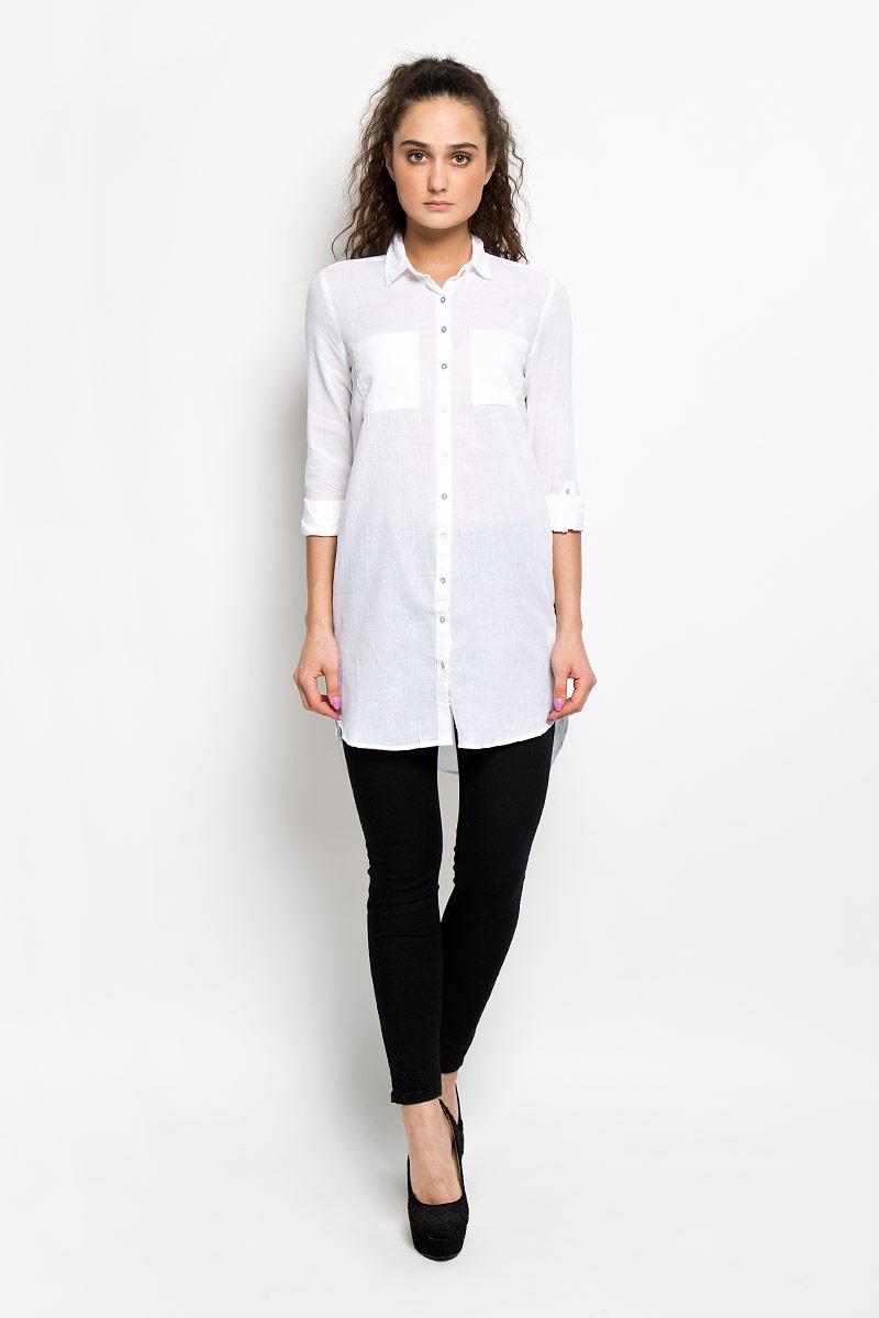 ПлатьеL-SU-2002_BLUEСтильное платье-рубашка Moodo, выполненное из натурального хлопка, станет прекрасным дополнением летнего гардероба. Модель с отложным воротником и длинными рукавами застегивается спереди на пластиковые пуговицы по всей длине. Спинка немного удлинена. Спереди расположены нагрудные накладные карманы. Рукава по желанию можно закатать и зафиксировать с помощью хлястика с пуговицей. Платье-рубашка отлично будет смотреться с легинсами или узкими брюками. Это оригинальное платье-рубашка станет отличным дополнением вашего гардероба!