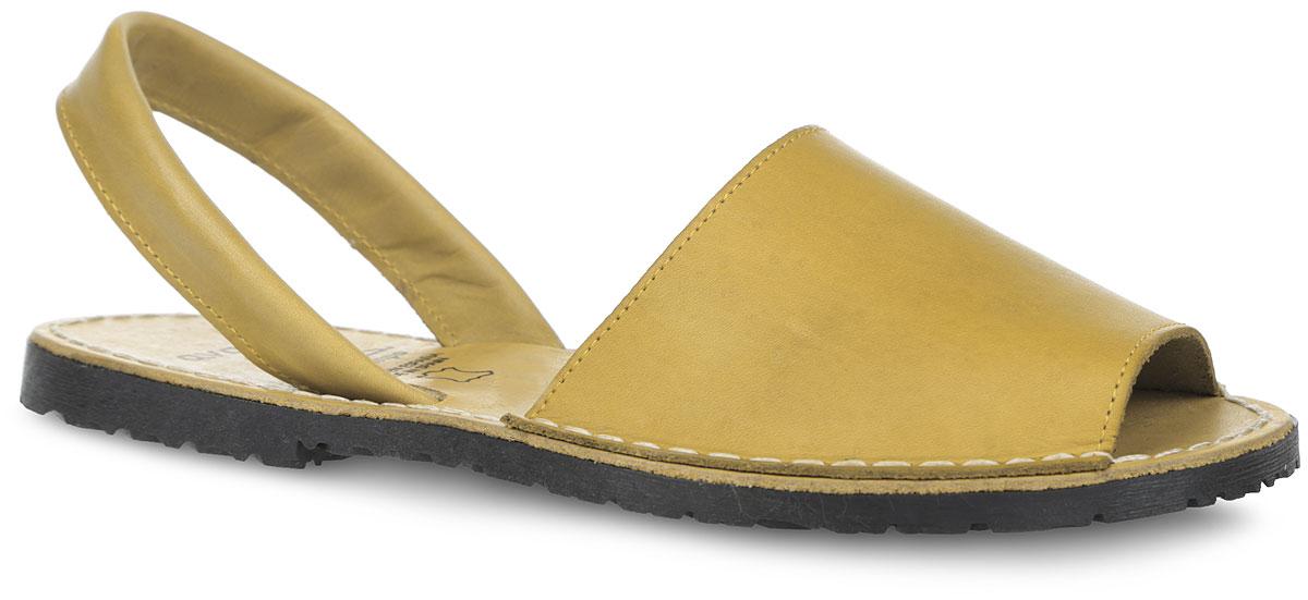 ECA10_2010_YELLOWОригинальные женские сандалии от El Tempo заинтересуют вас своим дизайном. Изделие изготовлено из натуральной кожи и оформлено по ранту светлой прострочкой. Фиксирующий пяточный ремешок надежно закрепит модель на вашей ноге. Внутренняя часть и стелька, выполненные из натуральной кожи, обеспечат комфорт. Рифленая поверхность подошвы обеспечит отличное сцепление с различными поверхностями. Стильные сандалии - незаменимая вещь в гардеробе каждой модницы!