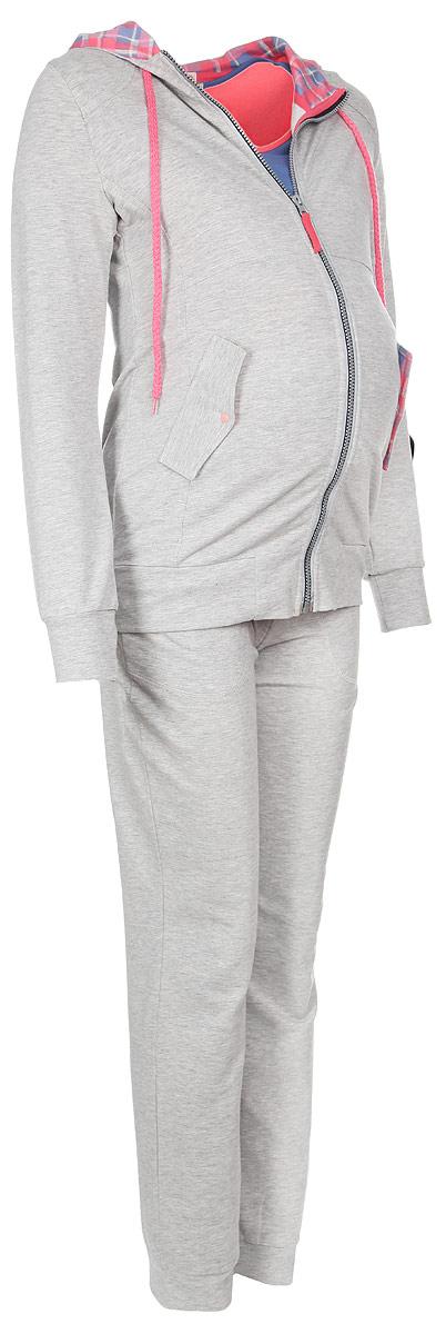 24118Удобная и стильная пижама для беременных и кормящих мам Мамин Дом Fitness, изготовленная из эластичного хлопка, подчеркнет ваше очарование в этот прекрасный период вашей жизни. Пижама состоит из футболки, толстовки и брюк. Футболка с короткими рукавами и круглым вырезом горловины имеет секрет кормления, выполненный в виде внутренней вставки, обеспечивающей быстрый доступ к груди. Футболка оформлена оригинальной нашивкой и контрастной бейкой. Плотные брюки с завышенной талией дополнены скрытым шнурком. Эластичный пояс создает дополнительную поддержку, выполняя роль бандажа. Брюки дополнены двумя втачными карманами. Толстовка с капюшоном, застегивается по всей длине на застежку-молнию. Капюшон с контрастной подкладкой дополнен скрытым шнурком. Модель имеет два врезных кармана на клапанах с кнопками. Благодаря свободному крою, такая пижама подарит вам комфорт на любом сроке беременности, и после родов. Одежда, изготовленная из хлопка, приятна к телу,...