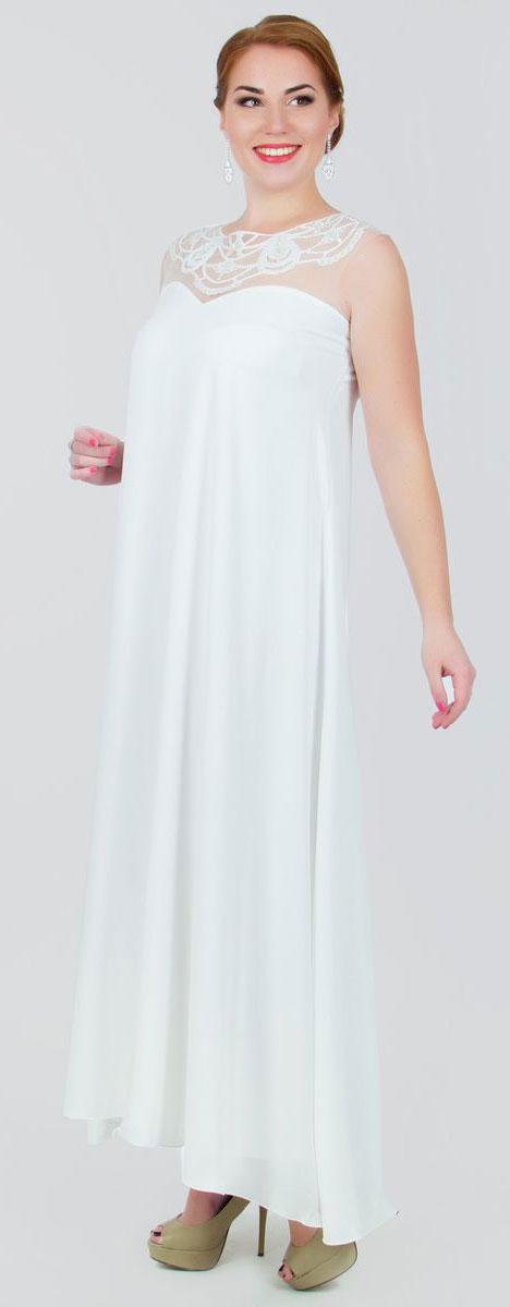 4390_102Стильное платье Seam, выполненное из струящегося легкого материала, подчеркнет ваш уникальный стиль и поможет создать оригинальный женственный образ. Платье-макси с круглым вырезом горловины без рукавов придется вам по душе. Верхняя часть модели оформлена вставкой из сетчатого материала телесного цвета и оригинальной вышивкой дополненной бисером. Плате дополнено небольшим поясом. Такое платье станет стильным дополнением к вашему гардеробу.