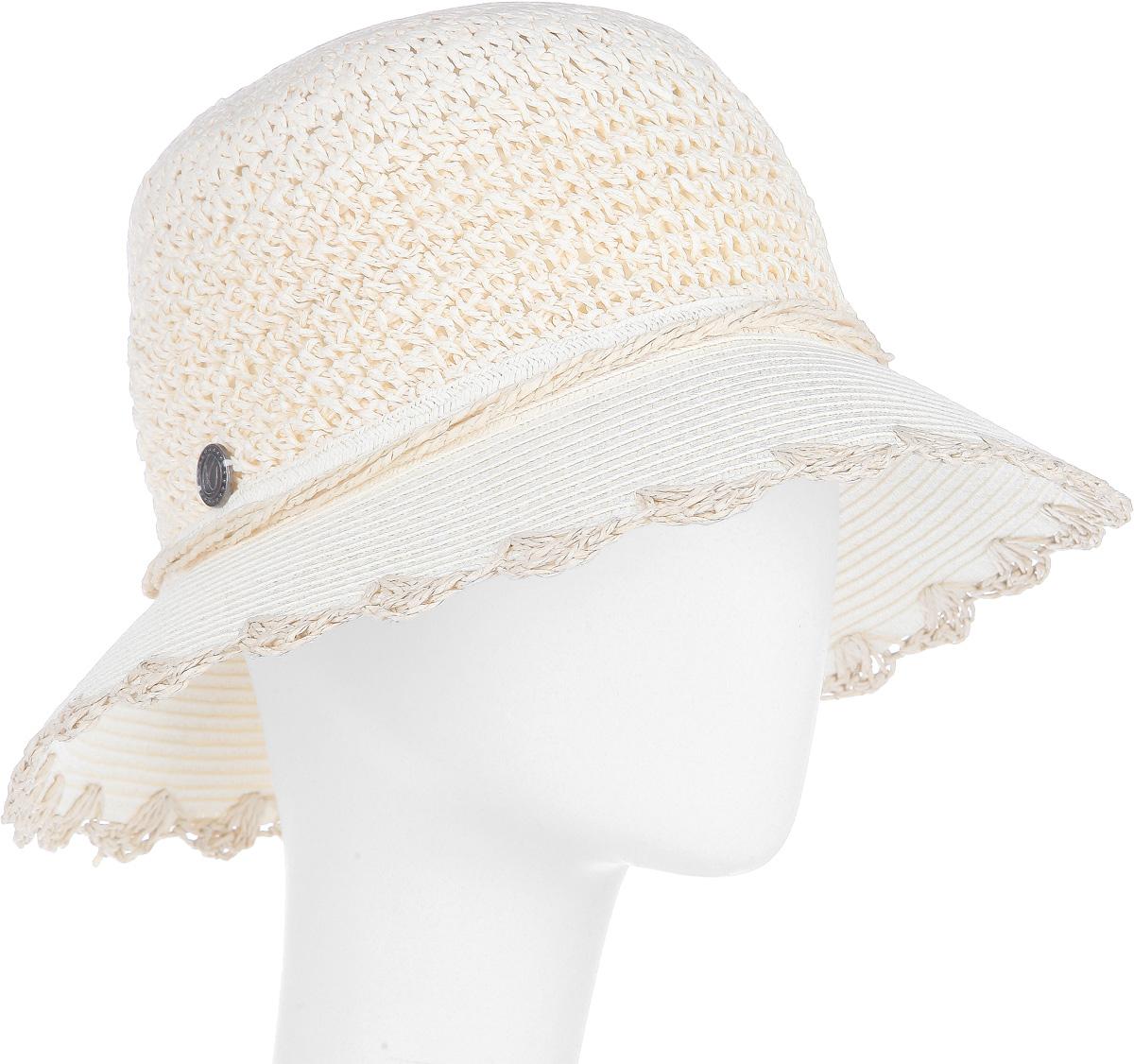 Шляпа77-140-02Летняя женская шляпа R.Mountain Romy станет незаменимым аксессуаром для пляжа и отдыха на природе. Такая шляпка не только защитит вас от солнца, но и станет стильным дополнением вашего образа. Модель украшена соломенной лентой вокруг тульи. Края полей также отделаны оригинальными вензелями из соломки. Плетение шляпы обеспечивает необходимую вентиляцию и комфорт даже в самый знойный день. Шляпа легко восстанавливает свою форму после сжатия. Эта элегантная легкая шляпка подчеркнет вашу неповторимость и дополнит ваш повседневный образ.