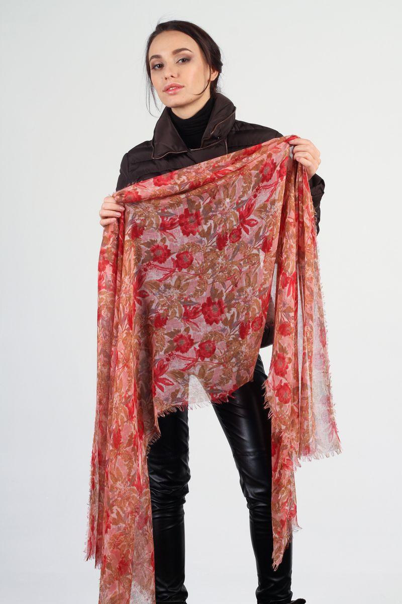 BL-6745-1Стильный женский палантин Fiona Fantozzi станет великолепным завершением любого наряда. Палантин изготовлен из вискозы с добавлением шелка и оформлен цветочным принтом. Легкий и изящный палантин поможет вам создать изысканный женственный образ, а также согреет в непогоду.