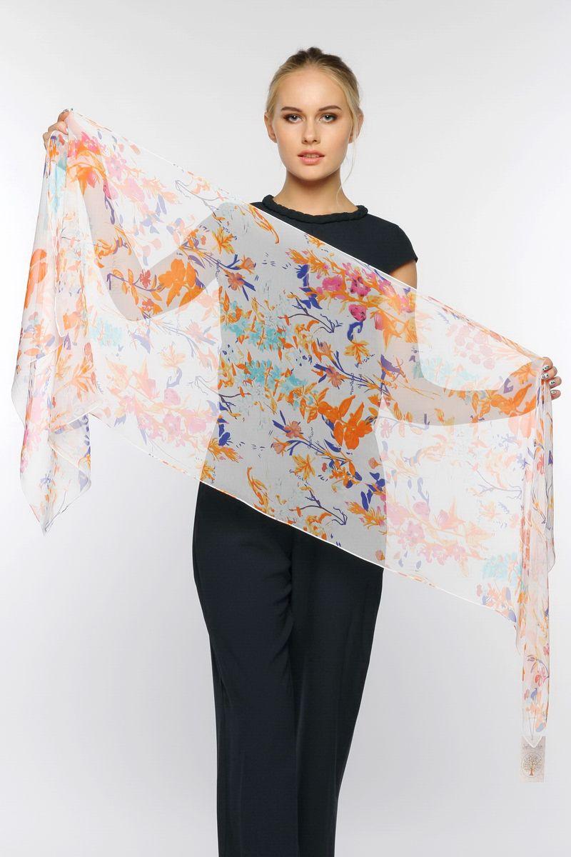 ШарфYY-11569-01Стильный женский шарф Sophie Ramage станет великолепным завершением любого наряда. Шарф изготовлен из натурального шелка и оформлен нежным цветочным принтом. Изящный шарф поможет вам создать изысканный женственный образ, а также согреет в непогоду.
