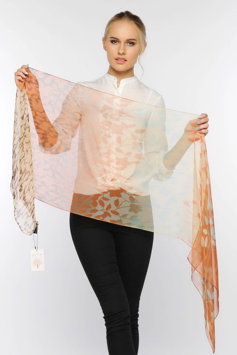 ШарфYY-11567-09Стильный женский шарф Sophie Ramage станет великолепным завершением любого наряда. Шарф изготовлен из натурального шелка и оформлен нежным цветочным принтом. Изящный шарф поможет вам создать изысканный женственный образ, а также согреет в непогоду.