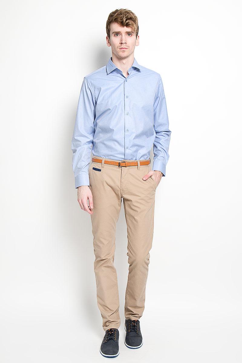 Рубашка мужская. SW 56SW 56-03Мужская классическая рубашка KarFlorens, изготовленная из высококачественного хлопка с добавлением микрофибры, необычайно мягкая и приятная на ощупь, она не сковывает движения и позволяет коже дышать, обеспечивая комфорт. Модель с классическим отложным воротником, длинными рукавами и полукруглым низом, застегивается на пластиковые пуговицы. Манжеты со срезанными уголками и застежкой на пуговицы. Ширину манжет можно варьировать, благодаря дополнительной пуговице. Пуговицы декорированы логотипом KarFlorens. Модель оформлена принтом в микрополоску. Эта рубашка - идеальный вариант для повседневного гардероба. Такая модель порадует настоящих ценителей комфорта и практичности!