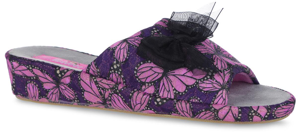 Тапки женские. SW-14-13SW-14-13_гЧудесные женские тапочки от Lamaliboo покорят вас с первого взгляда. Модель выполнена из текстиля, оформленного ярким принтом в виде бабочек и блестками. Верх изделия декорирован роскошным бантиком. Подкладка и стелька, изготовленные из текстиля, обеспечат комфорт и уют. Стелька дополнена супинатором, который обеспечивает правильное положение ноги при ходьбе. Невысокая танкетка устойчива. Подошва оснащена рифлением для лучшего сцепления с поверхностями. Такие тапочки придутся вам по душе.