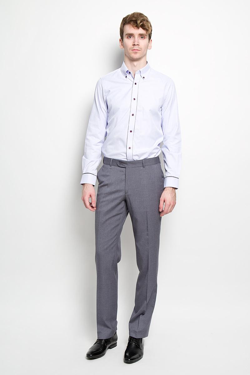 Брюки1632-VA-38SСтильные мужские брюки Valenti станут отличным дополнением к вашему гардеробу. Модель изготовлена из шерсти, полиэстера и вискозы с добавлением эластана. Брюки-слим заниженной посадки застегиваются на пуговицу и крючок в поясе, и ширинку на застежке-молнии. Модель имеет шлевки для ремня. Спереди модель оформлена двумя втачными карманами, а сзади - одним прорезным карманом на пуговице. Такая модель будет дарить вам комфорт в течение всего дня и послужит стильным дополнением к вашему гардеробу.