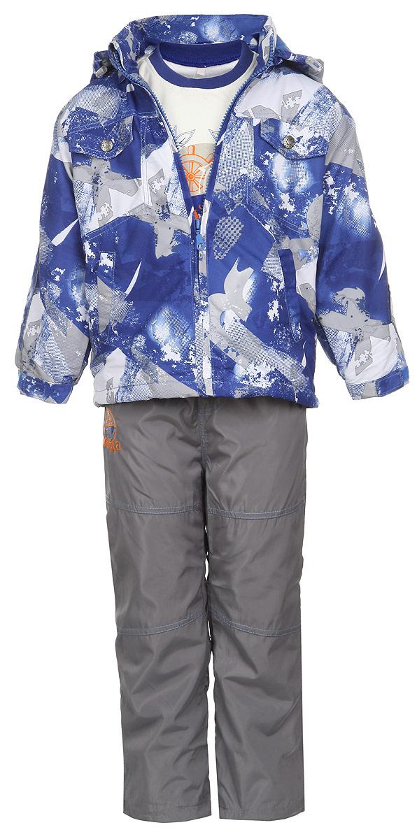 Комплект верхней одежды3559RD-9Комплект для мальчика M&D, состоящий из футболки с длинным рукавом, куртки и брюк, идеально подойдет для вашего ребенка в прохладное время года. Куртка изготовлена из 100% полиэстера с подкладкой из мягкого флиса. Модель с воротником-стойкой, съемным капюшоном на молнии и длинными рукавами застегивается на пластиковую застежку-молнию с защитой подбородка. Низ рукавов частично присборен на резинки и дополнен хлястиками на липучках. Предусмотрена утяжка в виде резинок со стопперами: на капюшоне и внутри изделия понизу. Спереди имеются два прорезных кармана и две имитации карманов, представленных в виде клапанов с декоративными кнопками. Оформлена куртка оригинальным принтом. Брюки выполнены из 100% полиэстера с подкладкой из натурального хлопка. Модель на талии имеет широкую резинку, благодаря чему брюки не сдавливают живот ребенка и не сползают. По бокам модель дополнена двумя втачными кармашками со скошенными краями. Понизу брючин предусмотрена утяжка в виде резинок со...