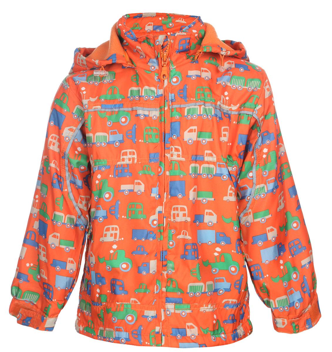 111525R-13Яркая куртка для мальчика M&D идеально подойдет для ребенка в прохладное время года. Она выполнена из полиэстера и дополнена мягкой и теплой флисовой подкладкой. Куртка с воротником-стойкой застегивается на удобную застежку-молнию. Съемный капюшон фиксируется при помощи молнии, его объем регулируется при помощи эластичного шнурка со стопперами. Рукава оснащены широкими эластичными резинками, не стягивающими запястья, и хлястиками на липучках. Низ модели дополнен скрытым эластичным шнурком со стопперами. По бокам курточка дополнена двумя втачными кармашками на застежках-молниях. Изделие оформлено красочным принтом с изображением автомобилей и дополнена светоотражающими полосками. В такой куртке ваш маленький мужчина будет чувствовать себя комфортно, уютно и всегда будет в центре внимания!