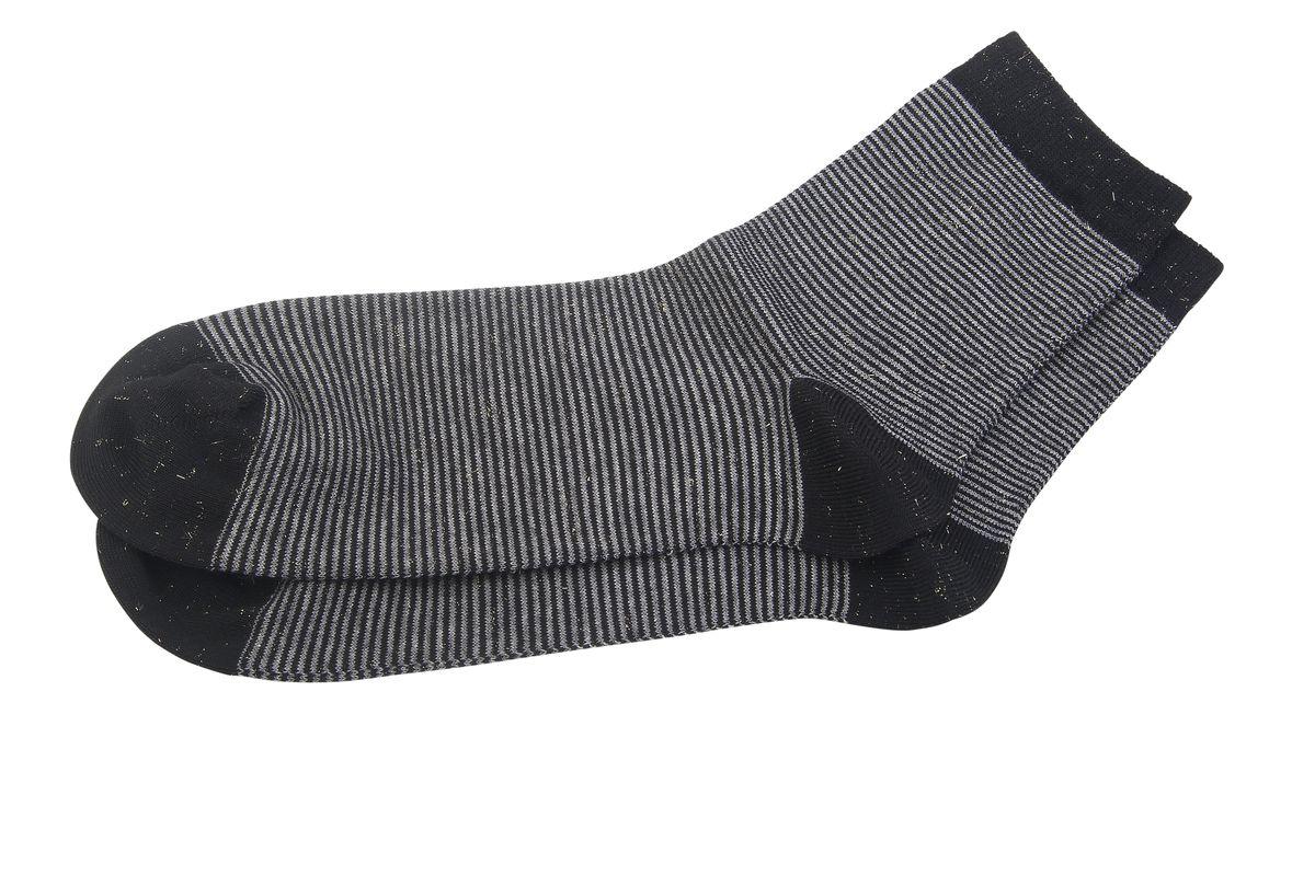 НоскиAG-2330Женские носки Askomi Casual для повседневной носки выполнены из высококачественного материала. Сочетание вискозы и хлопка Pima придает изделию прочность, шелковистость и мягкость. Носок и пятка укреплены, что значительно увеличивает износостойкость носков. Кеттельный шов не ощутим для ноги. Стильный дизайн с тонкими горизонтальными полосками, дополненный люрексом, выгодно подчеркнет ваш стиль.