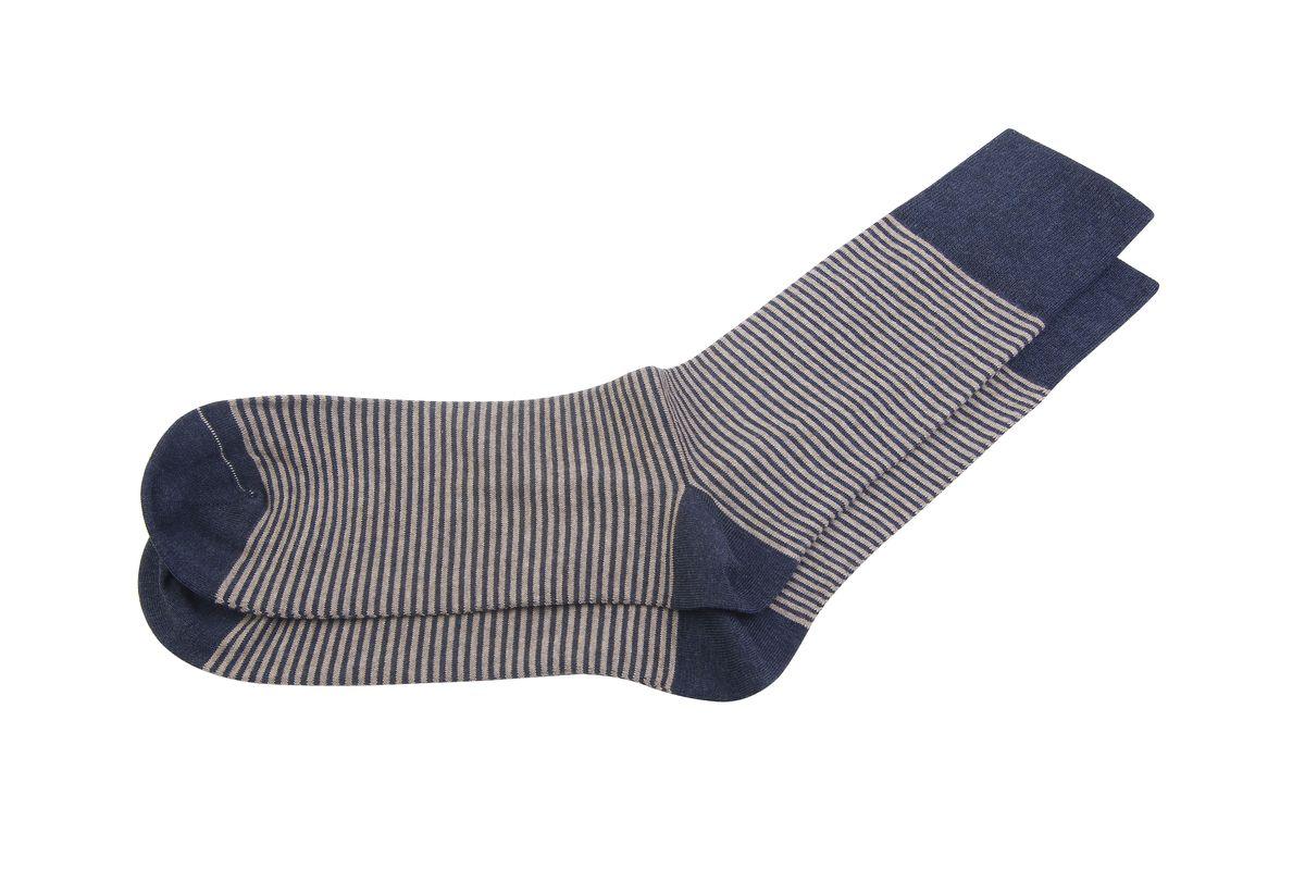 НоскиАМ-5260Мужские носки Askomi Casual для повседневной носки выполнены из эластичного хлопка Supima. Благодаря тонким и длинным волокнам такой хлопок обладает повышенной прочностью, мягкостью и яркостью цвета. Носок и пятка укреплены, что значительно увеличивает износостойкость носков. Кеттельный шов не ощутим для ноги. Стильный принт с тонкими горизонтальными полосками подчеркнет ваш вкус.