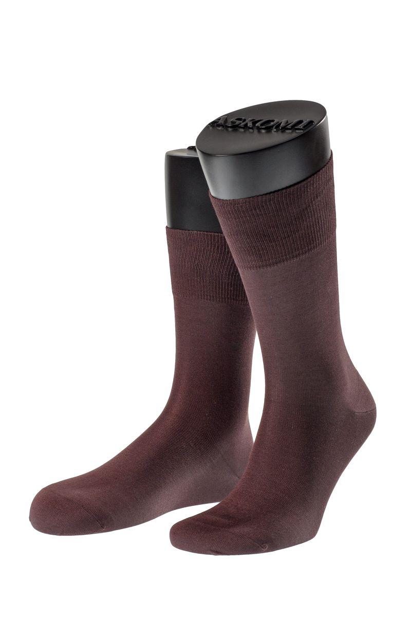 АМ-7100_8101Мужские носки Askomi для повседневной носки выполнены из мерсеризованного хлопка. Такой хлопок придает носкам блеск, эластичность и шелковистость. Использована двойная тонкая нить, благодаря чему носок приобретает эластичность без добавления синтетических нитей. Носок и пятка укреплены, что значительно увеличивает износостойкость носков. Двойной борт для плотной фиксации не пережимает сосуды. Кеттельный шов не ощутим для ноги.
