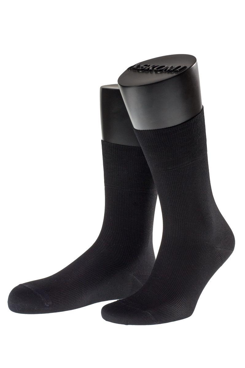 НоскиАМ-7707_8101Мужские носки Askomi Casual выполнены из мерсеризованного хлопка с добавлением полиамида. Двойной борт для плотной фиксации не пережимает сосуды. Укрепление мыска и пятки для идеальной прочности. Кеттельный шов не ощутим для ноги.