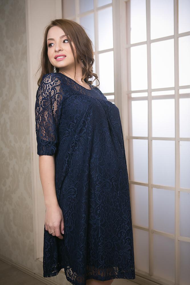 Платье2153.01Нарядное платье из гипюра с округлым вырезом горловины и рукавами 3/4. Декор - кружево. Оригинальная модель, выполненная из качественной и приятной на ощупь ткани. Благодаря особому крою, платье будет отлично смотреться на любой фигуре, в течении всего срока беременности, а так же и после родов. В таком платье каждая женщина будет комфортно себя чувствовать. Платье универсальное, оно отлично подходит как для повседневного ношения, так и для праздничных мероприятий.
