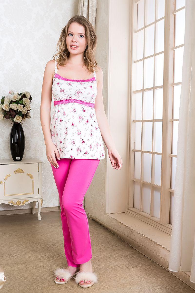 Пижама106.51Удобная, красивая пижама для беременных и кормящих мам Nuova Vita Mamma Dolce, изготовленная из эластичного хлопка, состоит из топа и брюк. Топ свободного кроя на тонких бретелях и мягкие брюки на эластичном поясе под живот составляют прекрасный комплект для сна будущей маме. Универсальность этого комплекта заключается в том, что его можно носить как во время беременности, так и после рождения ребенка. Аккуратный топ имеет легкий доступ к груди для комфортного кормления малыша, а так же максимального удобства ночных кормлений. Удобные замочки-клипсы легко можно отстегнуть одной рукой. Резинка на брюках устроена так, что во время беременности она находится под животом. Нежная и приятная расцветка и роскошное кружево, придает изысканность и утонченность этому комплекту. Одежда, изготовленная из хлопка, приятна к телу, сохраняет тепло в холодное время года и дарит прохладу в теплое, позволяет коже дышать.