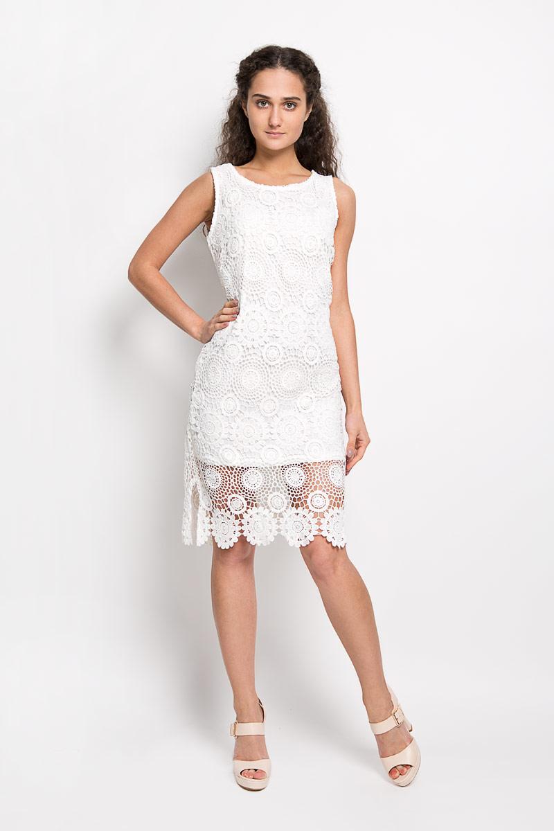 10156370 001Оригинальное вязаное платье Broadway Fabriana станет ярким и стильным дополнением к вашему гардеробу. Изделие выполнено из 100% полиэстера, приятное к телу, не сковывает движения и хорошо вентилируется. Модель с круглым вырезом горловины и без рукавов оформлена оригинальным узором. Это эффектное платье поможет создать привлекательный женственный образ.