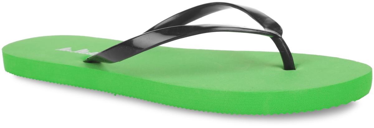 Q213-LLB-2_зСтильные и очень легкие сланцы от Lamaliboo придутся вам по душе. Верх модели выполнен из ПВХ. Ремешки с перемычкой гарантируют надежную фиксацию изделия на ноге. Верхняя часть подошвы декорирована названием бренда. Рельефное основание подошвы обеспечивает уверенное сцепление с любой поверхностью. Удобные сланцы прекрасно подойдут для похода в бассейн или на пляж.
