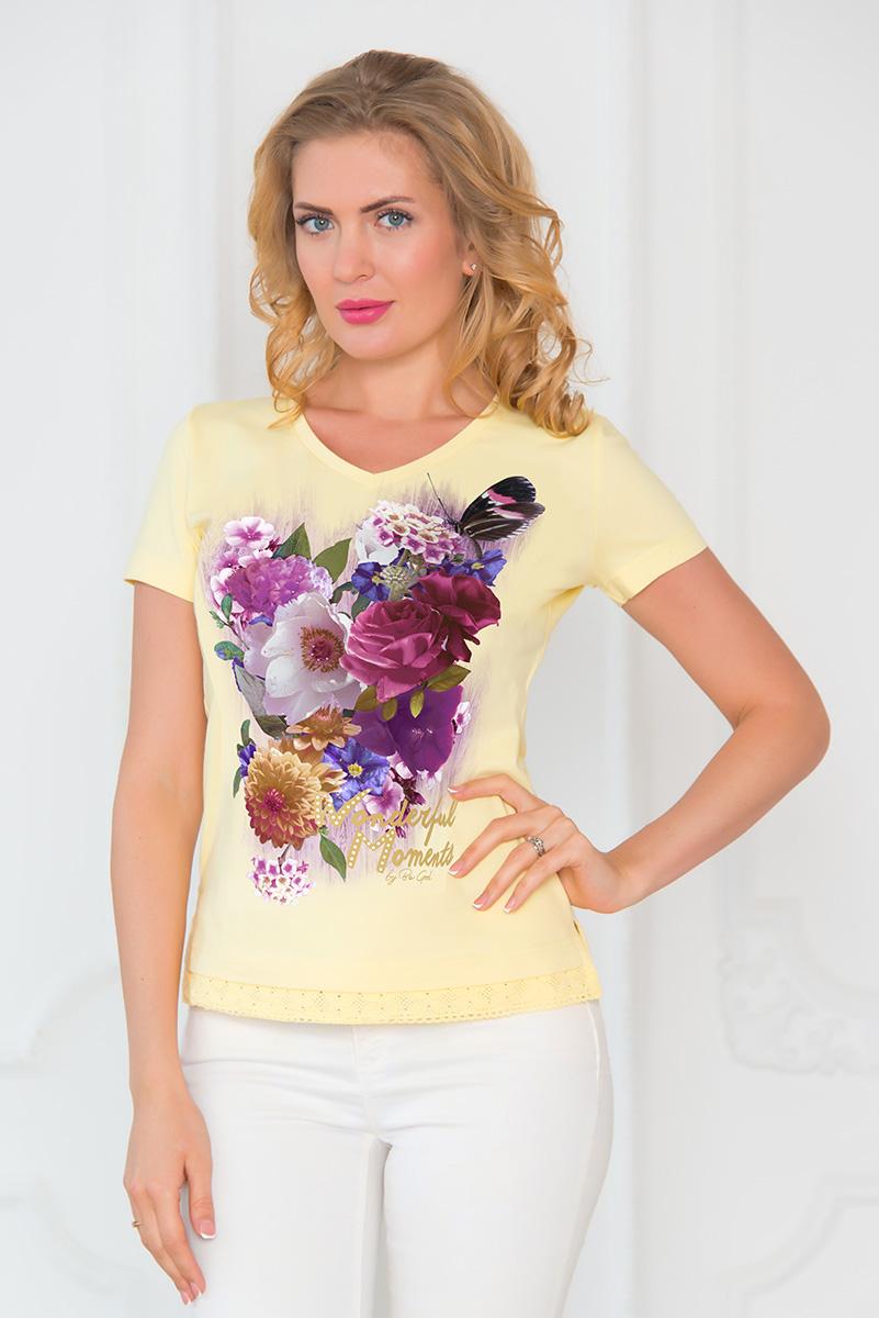 SS16-BGUZ-546Стильная женская футболка BeGood изготовлена из эластичного хлопка. Классическая модель с короткими рукавами и V-образным вырезом горловины оформлена оригинальным цветочным принтом и стразами. Низ изделия украшен ажурной оборкой. По бокам футболка дополнена небольшими разрезами.