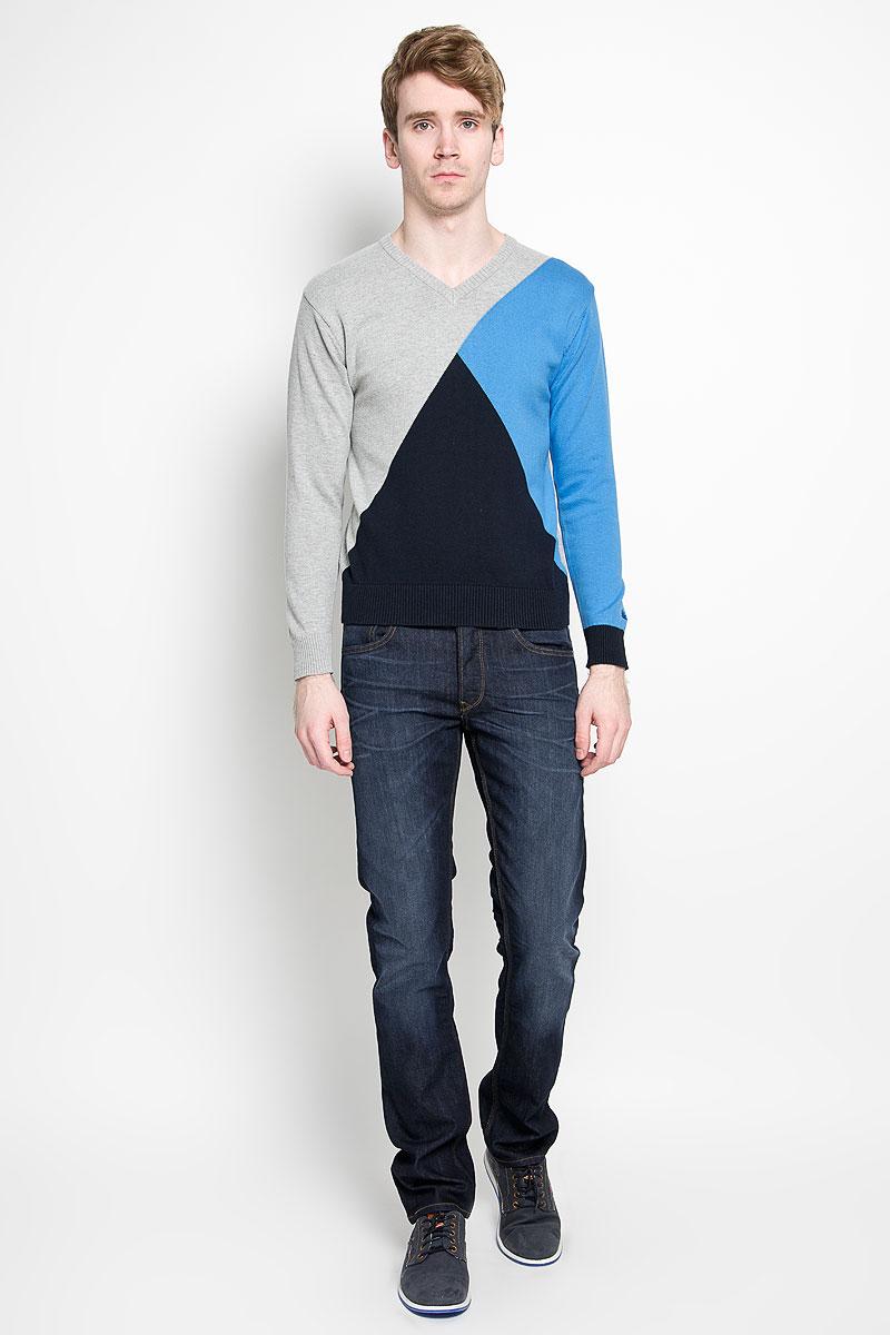 Пуловер88002-01Вязаный мужской пуловер Karff, выполненный из натурального хлопка, станет стильным дополнением к вашему гардеробу. Изделие очень мягкое и приятное на ощупь, не сковывает движения, позволяет коже дышать. Модель с длинными рукавами и V-образным вырезом горловины оформлена цветной вязкой. Низ рукавов и низ изделия дополнены эластичными резинками. Современный дизайн и расцветка делают этот пуловер модным предметом мужской одежды. В нем вы всегда будете чувствовать себя комфортно.