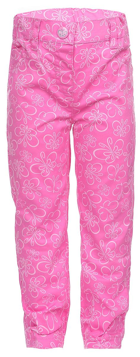 Брюки168053Стильные брюки для девочки PlayToday Baby идеально подойдут вашему маленькой принцессе и станут отличным дополнением к ее гардеробу. Изготовленные из эластичного хлопка, они приятные на ощупь, не сковывают движения и позволяют коже дышать, обеспечивая комфорт. Брюки прямого кроя на поясе застегиваются на металлическую кнопку и имеют шлевки для ремня. При необходимости пояс можно утянуть скрытой резинкой на пуговках. Сзади расположены два накладных кармана, спереди - маленький накладной кармашек. Изделие оформлено принтом с изображением бабочек по всей поверхности. Современный дизайн и расцветка делают эти брюки модным предметом детского гардероба. В них ваш ребенок всегда будет в центре внимания!