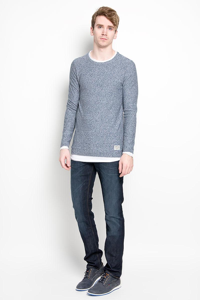 Джемпер3021187.00.12_6748Теплый мужской джемпер Tom Tailor Denim, выполненный из 100% хлопка, необычайно приятен к телу, не сковывает движения, обеспечивая наибольший комфорт. Модель с круглым вырезом горловины и длинными рукавами идеально гармонирует с любыми предметами одежды. Отделка рукавов, горловины и низа изделия создает эффект 2 в 1. Джемпер оригинальной вязки декорирован в нижней части нашивкой с логотипом бренда. Уютный и практичный джемпер станет прекрасным дополнением вашего гардероба.