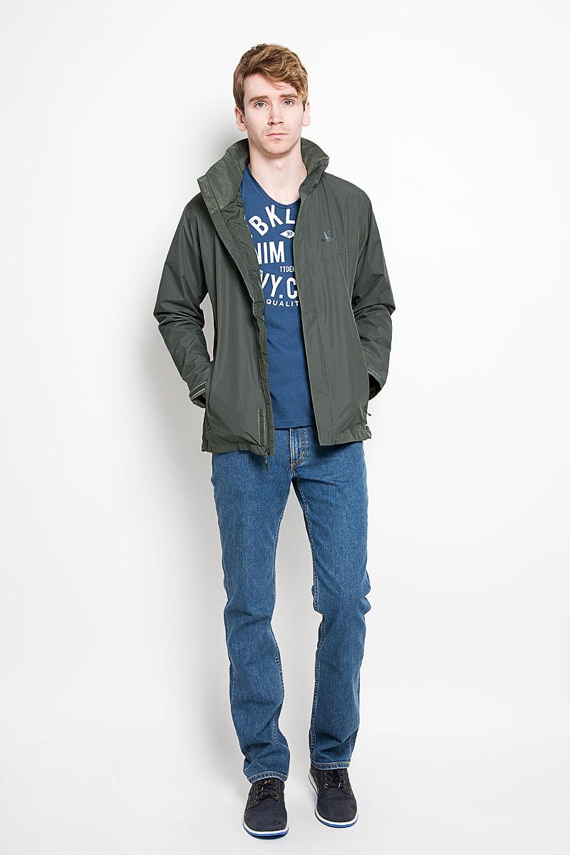 L37946200Стильная мужская куртка Salomon Elemental Ad превосходно подойдет для прохладных дней. Куртка из материала, изготовленного по технологии AdvancedSkin Dry, отлично защищает от дождя и ветра. Модель с длинными рукавами и несъемным капюшоном имеет дополнительный внутренний воротник-стойку и застегивается на молнию. Объем капюшона и низа куртки регулируется при помощи шнурка-кулиски. Куртка дополнена ветрозащитным клапаном на липучках. Изделие спереди дополнено двумя втачными карманами на молниях. Обхват манжет рукавов регулируется при помощи хлястиков на липучках. Эта модная и в то же время комфортная куртка согреет вас в прохладное время года и отлично подойдет как для прогулок, так и для занятия спортом.