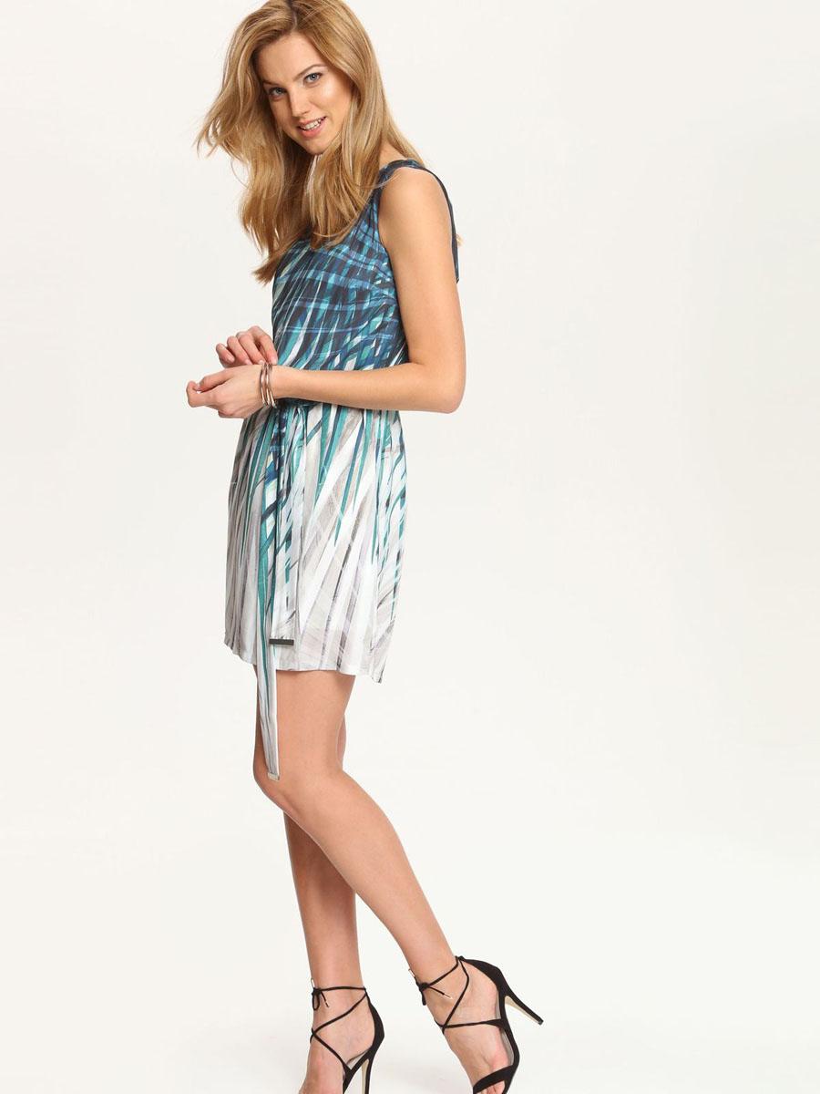 ПлатьеSSU1561ZI[E]Платье Top Secret выполнено из полиэстера и дополнено тонкой подкладкой. Платье-мини с V-образным вырезом горловины застегивается на потайную застежку-молнию расположенную в среднем шве спинки. По талии модель присобрана на резинку и дополнена текстильным поясом. Платье оформлено оригинальным принтом.