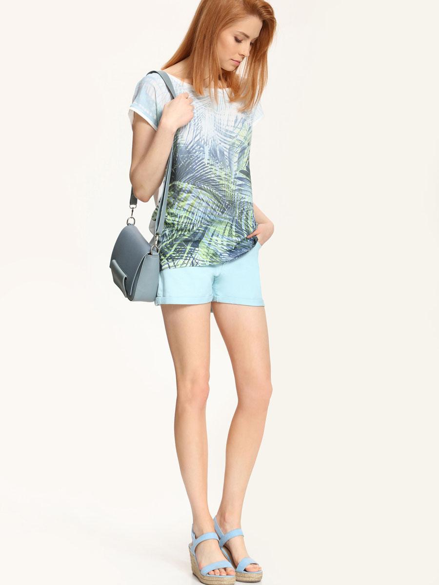 ФутболкаSPO2723BI[E]Модная женская футболка Troll, выполнена из 100% вискозы. Модель с короткими рукавами и круглым вырезом горловины оформлена цветочным принтом.
