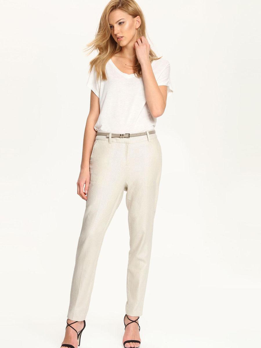 SBK2176BE[E]Женская футболка, выполненная из 100% вискозы, отлично дополнит ваш гардероб. Модель с цельнокроеным коротким рукавом и V-образным вырезом горловины.