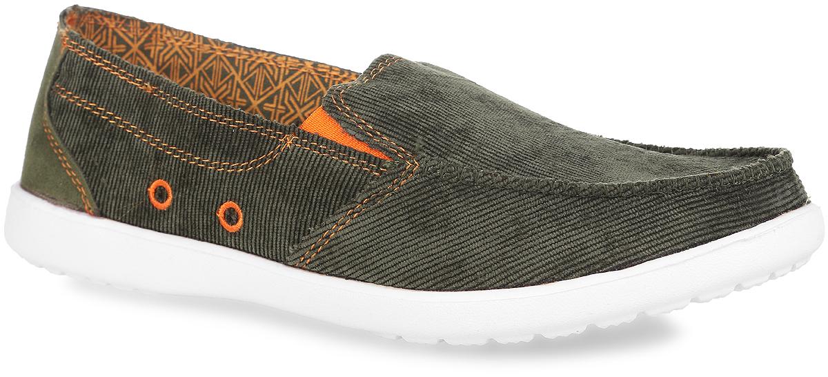 ES760405-3Модные мужские слипоны Escan Sport придутся вам по душе. Модель выполнена из текстиля и оформлена внешним швом на мысе и вставкой из искусственного спилка на заднике. Эластичные вставки на подъеме обеспечат лучшее прилегание обуви к ноге и надежную фиксацию. Текстильная подкладка предотвратит натирание. Мягкая стелька из ЭВА с текстильным верхним покрытием обеспечит комфорт. Рифленая поверхность подошвы гарантирует отличное сцепление с различными поверхностями. Стильные слипоны - незаменимая вещь в гардеробе каждого мужчины!