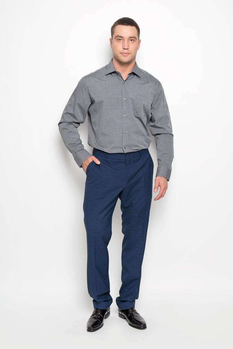 Рубашка мужская. SW 73SW 73-01Стильная мужская рубашка KarFlorens, выполненная из натурального хлопка, подчеркнет ваш уникальный стиль и поможет создать оригинальный образ. Такой материал великолепно пропускает воздух, обеспечивая необходимую вентиляцию, а также обладает высокой гигроскопичностью. Рубашка с длинными рукавами и отложным воротником застегивается на пуговицы спереди. Рукава рубашки дополнены манжетами, которые также застегиваются на пуговицы. Модель дополнена накладным нагрудным карманом. Классическая рубашка - превосходный вариант для базового мужского гардероба и отличное решение на каждый день. Такая рубашка будет дарить вам комфорт в течение всего дня и послужит замечательным дополнением к вашему гардеробу.