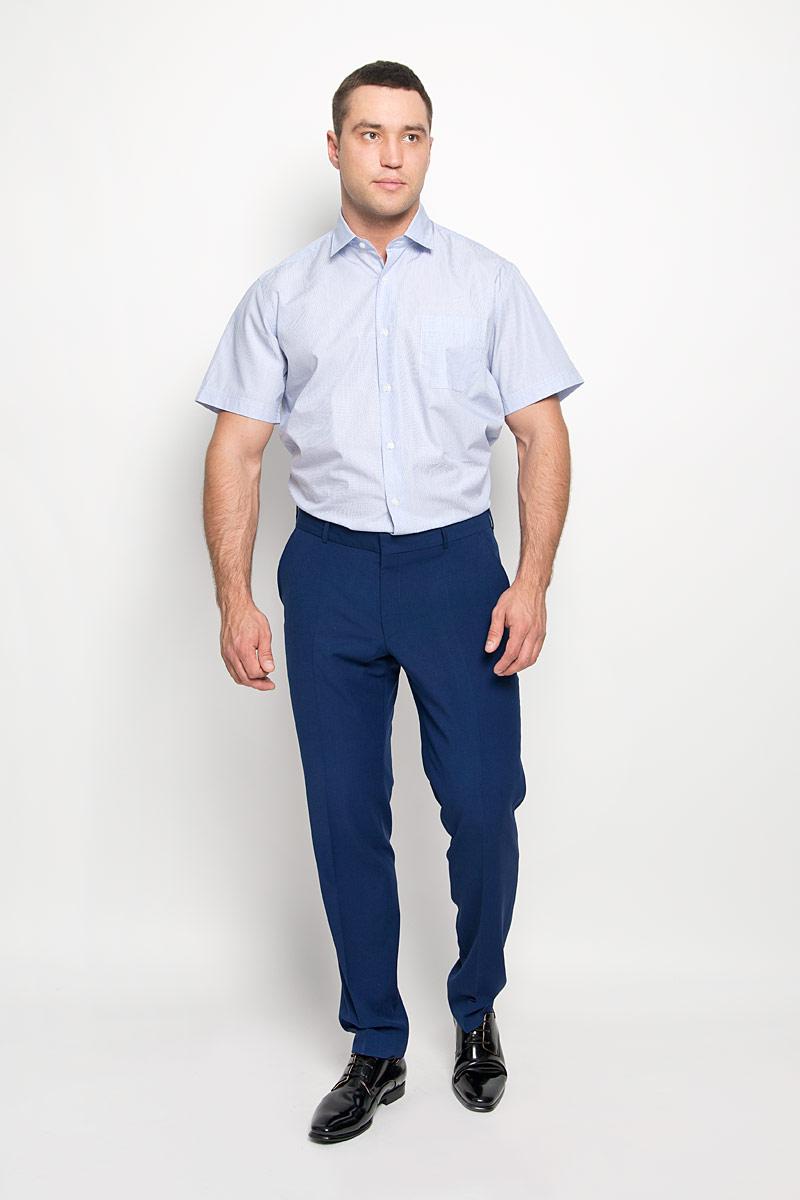 SW 75-01Стильная мужская рубашка KarFlorens, выполненная из натурального хлопка, подчеркнет ваш уникальный стиль и поможет создать оригинальный образ. Такой материал великолепно пропускает воздух, обеспечивая необходимую вентиляцию, а также обладает высокой гигроскопичностью. Рубашка с короткими рукавами и отложным воротником застегивается на пуговицы спереди. Модель оформлена актуальным узором в узкую полоску и дополнена накладным нагрудным карманом. Классическая рубашка - превосходный вариант для базового мужского гардероба и отличное решение на каждый день. Такая рубашка будет дарить вам комфорт в течение всего дня и послужит замечательным дополнением к вашему гардеробу.