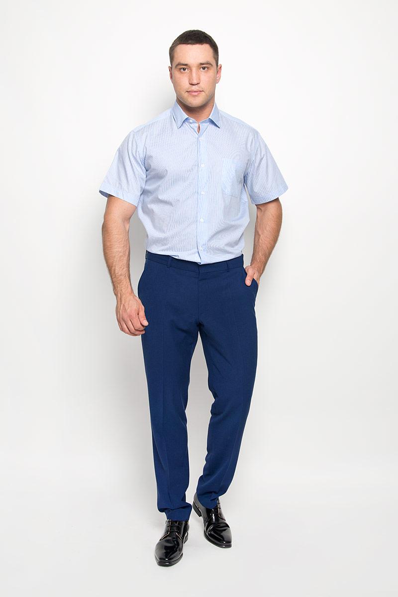 РубашкаSW 75-05Стильная мужская рубашка KarFlorens, выполненная из натурального хлопка, подчеркнет ваш уникальный стиль и поможет создать оригинальный образ. Такой материал великолепно пропускает воздух, обеспечивая необходимую вентиляцию, а также обладает высокой гигроскопичностью. Рубашка с короткими рукавами и отложным воротником застегивается на пуговицы спереди. Модель оформлена актуальным узором в мелкую клетку и дополнена накладным нагрудным карманом. Классическая рубашка - превосходный вариант для базового мужского гардероба и отличное решение на каждый день. Такая рубашка будет дарить вам комфорт в течение всего дня и послужит замечательным дополнением к вашему гардеробу.