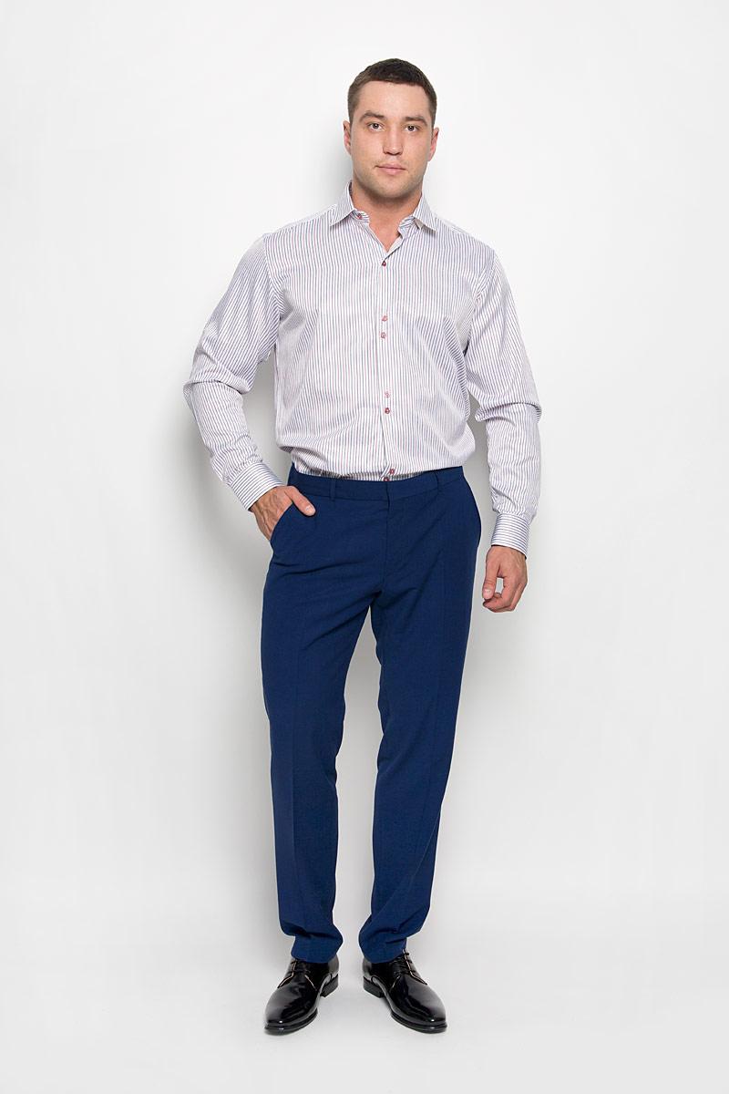 РубашкаSW 59-01Стильная мужская рубашка KarFlorens, выполненная из хлопка с добавлением микрофибры, подчеркнет ваш уникальный стиль и поможет создать оригинальный образ. Такой материал великолепно пропускает воздух, обеспечивая необходимую вентиляцию, а также обладает высокой гигроскопичностью. Рубашка с длинными рукавами и отложным воротником застегивается на пуговицы спереди. Рукава рубашки дополнены манжетами, которые также застегиваются на пуговицы. Модель оформлена узором в полоску. Классическая рубашка - превосходный вариант для базового мужского гардероба. Такая рубашка будет дарить вам комфорт в течение всего дня и послужит замечательным дополнением к вашему гардеробу.