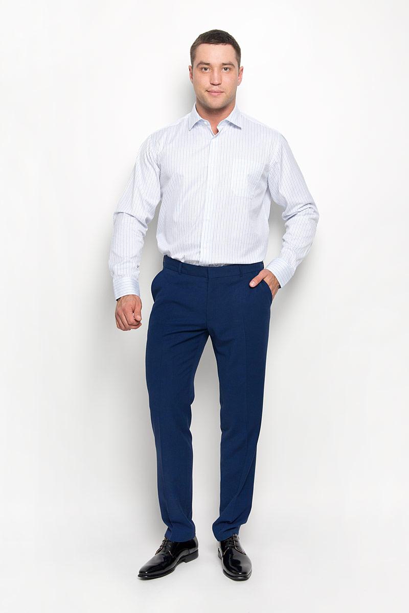 РубашкаSW 71-03Стильная мужская рубашка KarFlorens, выполненная из хлопка с добавлением микрофибры, подчеркнет ваш уникальный стиль и поможет создать оригинальный образ. Такой материал великолепно пропускает воздух, обеспечивая необходимую вентиляцию, а также обладает высокой гигроскопичностью. Рубашка с длинными рукавами и отложным воротником застегивается на пуговицы спереди. Рукава рубашки дополнены манжетами, которые также застегиваются на пуговицы. Модель оформлена актуальным узором в узкую полоску и дополнена накладным нагрудным карманом. Классическая рубашка - превосходный вариант для базового мужского гардероба и отличное решение на каждый день. Такая рубашка будет дарить вам комфорт в течение всего дня и послужит замечательным дополнением к вашему гардеробу.
