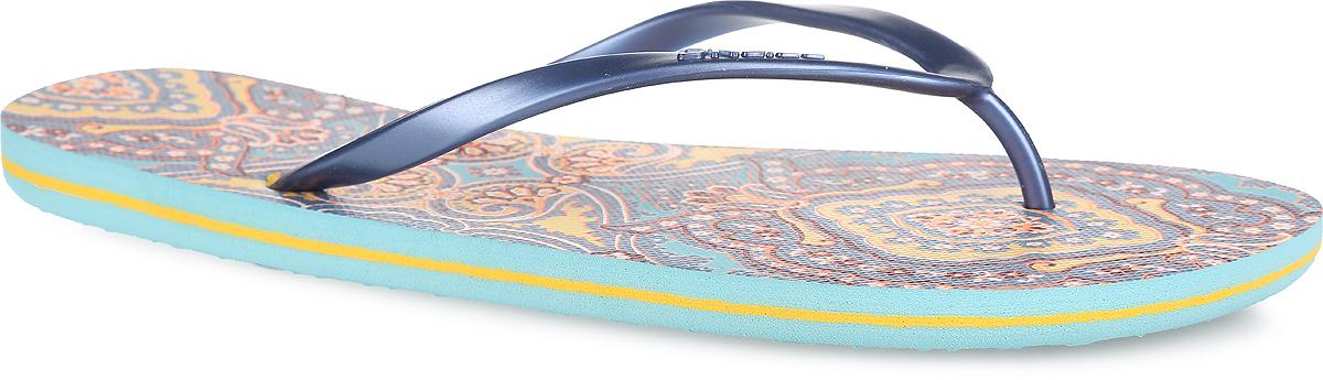 Сланцы женские Fw Moya One. 609530-2900609530-2900Чудесные сланцы от ONeill придутся вам по душе. Верх модели выполнен из ПВХ и оформлен на ремешке названием бренда. Ремешки с перемычкой гарантируют надежную фиксацию изделия на ноге. Верхняя часть подошвы декорирована оригинальным ярким принтом. Рифление на верхней поверхности подошвы предотвращает выскальзывание ноги. Рельефное основание подошвы обеспечивает уверенное сцепление с любой поверхностью. Удобные сланцы прекрасно подойдут для похода в бассейн или на пляж.