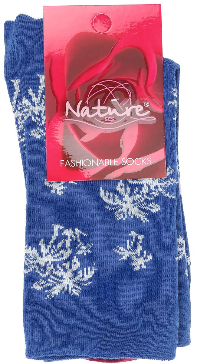 Носки821жУдобные женские носки Nature, изготовленные из высококачественного комбинированного материала, идеально подойдут для повседневной носки. Благодаря содержанию мягкого хлопка в составе, кожа сможет дышать, полиамид обеспечивает износостойкость, а эластан позволяет носочкам легко тянуться, что делает их комфортными в носке. Эластичная резинка плотно облегает ногу, не сдавливая ее, обеспечивая комфорт и удобство и не препятствуя кровообращению. Практичные и комфортные носки с укрепленным мыском и пяткой великолепно подойдут к вашей повседневной обуви.