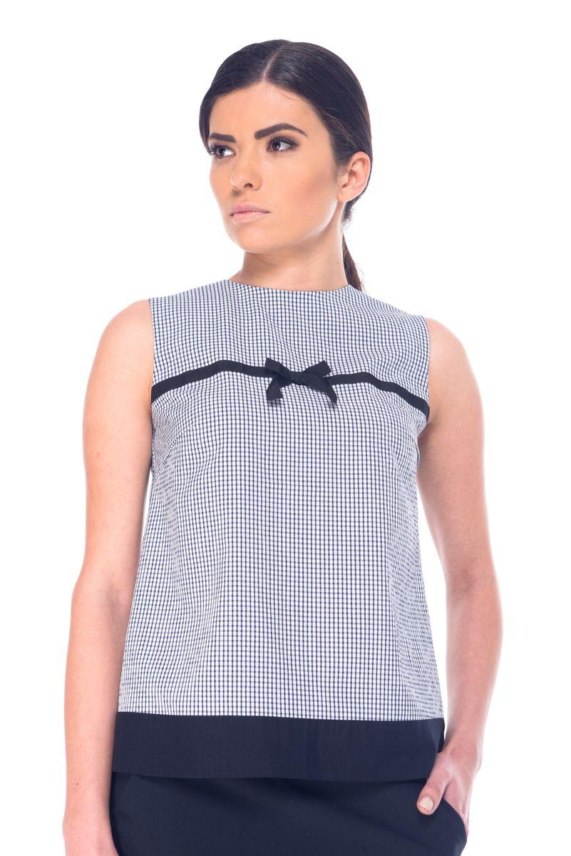 Блузка07060Женская блузка Arefeva выполнена из вискозы с добавлением полиэстера и эластана. Модель с круглым вырезом горловины застегивается на пуговицы расположенные не спинке. Блузка оформлена принтом в клетку и украшена текстильной лентой с бантиком на уровне груди.