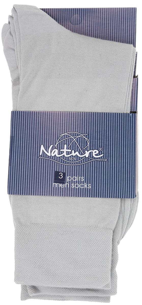 Носки мужские, 3 пары. 11071107Удобные мужские носки Nature, изготовленные из высококачественного комбинированного материала, идеально подойдут для повседневной носки. Благодаря содержанию мягкого хлопка в составе, кожа сможет дышать, полиамид обеспечивает износостойкость, а эластан позволяет носочкам легко тянуться, что делает их комфортными в носке. Эластичная резинка плотно облегает ногу, не сдавливая ее, обеспечивая комфорт и удобство. Практичные и комфортные носки с укрепленным мыском и пяткой великолепно подойдут к вашей повседневной обуви. В комплект входят 3 пары носков.