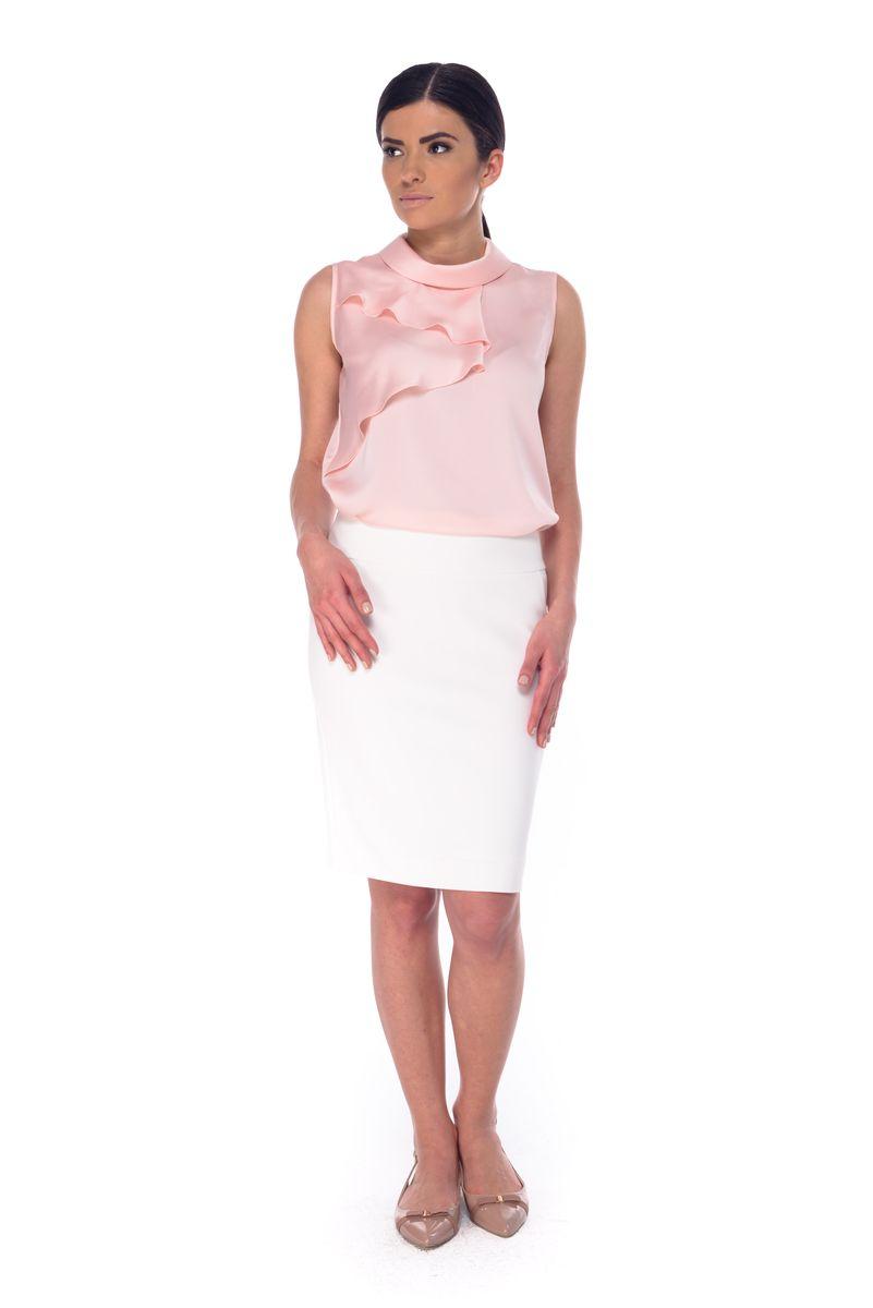 ЮбкаL 3054Стильная юбка Arefeva, выполненная из полиэстера с добавлением спандекса, обеспечит вам комфорт и удобство при носке. Юбка-миди застегивается сзади на скрытую застежку-молнию. Спереди модель дополнена двумя втачными карманами, сзади - одной шлицей.