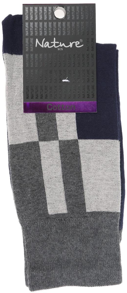 Носки411Удобные мужские носки Nature, изготовленные из высококачественного комбинированного материала, идеально подойдут для повседневной носки. Благодаря содержанию хлопка в составе, кожа сможет дышать, а эластан позволяет носочкам легко тянуться, что делает их комфортными в носке. Эластичная резинка плотно облегает ногу, не сдавливая ее, обеспечивая комфорт и удобство. Практичные и комфортные носки с укрепленным мыском и пяткой великолепно подойдут к вашей повседневной обуви.
