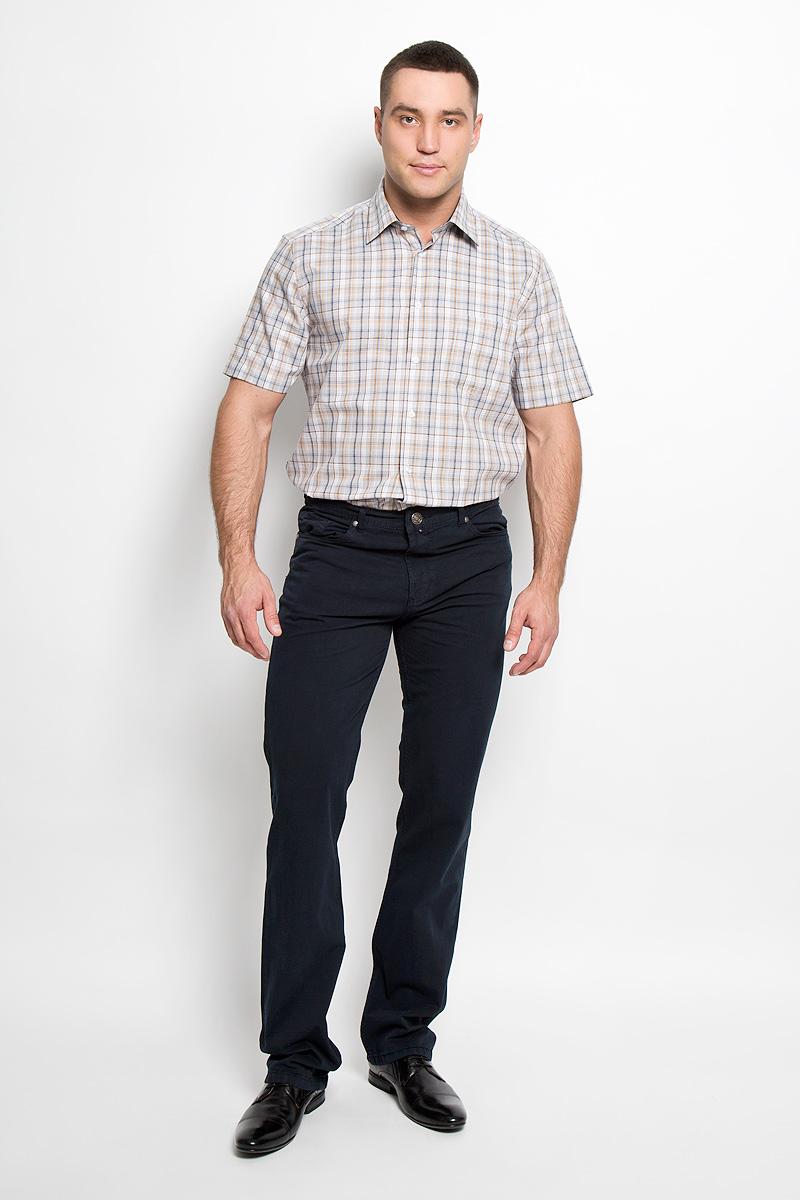 Рубашка мужская. JJ-k-1010-SL15-U2JJ-k-1010-SL15-U2Мужская рубашка John Jeniford, выполненная из хлопка с добавлением полиэстера, прекрасно подойдет для повседневной носки. Материал очень легкий, мягкий и приятный на ощупь, не сковывает движения и позволяет коже дышать. Рубашка классического кроя с отложным воротником и короткими рукавами застегивается на пластиковые пуговицы. На груди предусмотрен накладной карман. Рубашка оформлена актуальным принтом в клетку. Такая модель будет дарить вам комфорт в течение всего дня и станет стильным дополнением к вашему гардеробу.