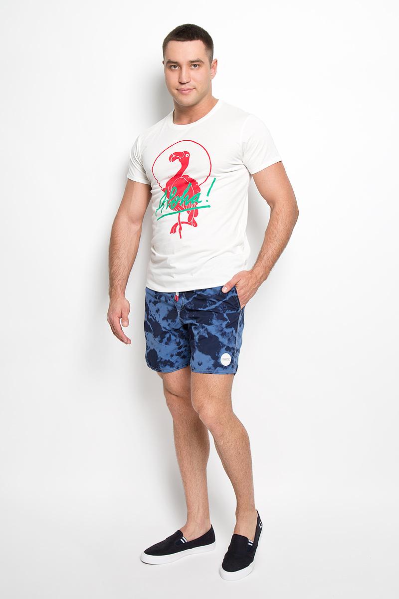 Футболка мужская. 602337-1030602337-1030Стильная мужская футболка ONeill, выполненная из высококачественного хлопка с добавлением полиэстера, обладает высокой воздухопроницаемостью и гигроскопичностью, позволяет коже дышать. Такая футболка великолепно подойдет как для повседневной носки, так и для спортивных занятий. Модель с короткими рукавами и круглым вырезом горловины - идеальный вариант для создания модного современного образа. Футболка оформлена принтом с изображением фламинго и надписью Aloha!. Такая модель подарит вам комфорт в течение всего дня и послужит замечательным дополнением к вашему гардеробу.