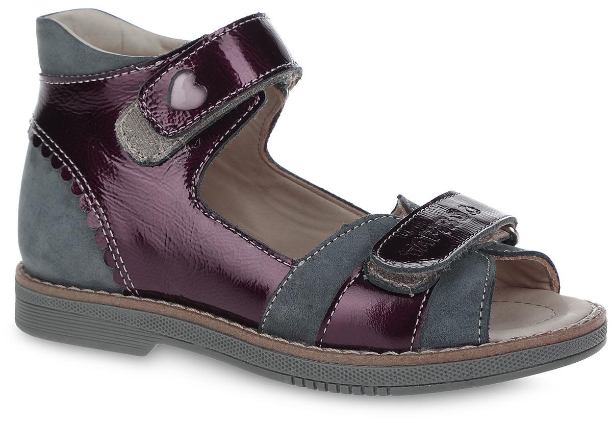 Сандалии. FT-26003.15-OL12O.02FT-26003.15-OL12O.02Очаровательные сандалии от TapiBoo придутся по душе вашей маленькой моднице. Модель выполнена из натуральной кожи разной фактуры и оформлена в задней части волнообразной окантовкой, на верхнем ремешке - не сквозным резным узором в виде сердца, на нижнем - фирменным тиснением. Подкладка и стелька, изготовленные из натуральной кожи, гарантируют комфорт при ходьбе. Отсутствие швов на подкладке обеспечивает дополнительный комфорт и предотвращает натирание. Многослойная, анатомическая стелька дополнена сводоподдерживающим элементом для правильного формирования стопы. Ремешки на застежках-липучках позволяют оптимально подогнать полноту обуви по ноге ребенка (большой подъем или вложение специальных вкладных ортопедических приспособлений), обеспечивая при этом оптимальную фиксацию стопы. Жесткий фиксирующий задник с удлиненным крылом надежно стабилизирует голеностопный сустав во время ходьбы, препятствуя развитию патологических изменений стопы. Широкий,...