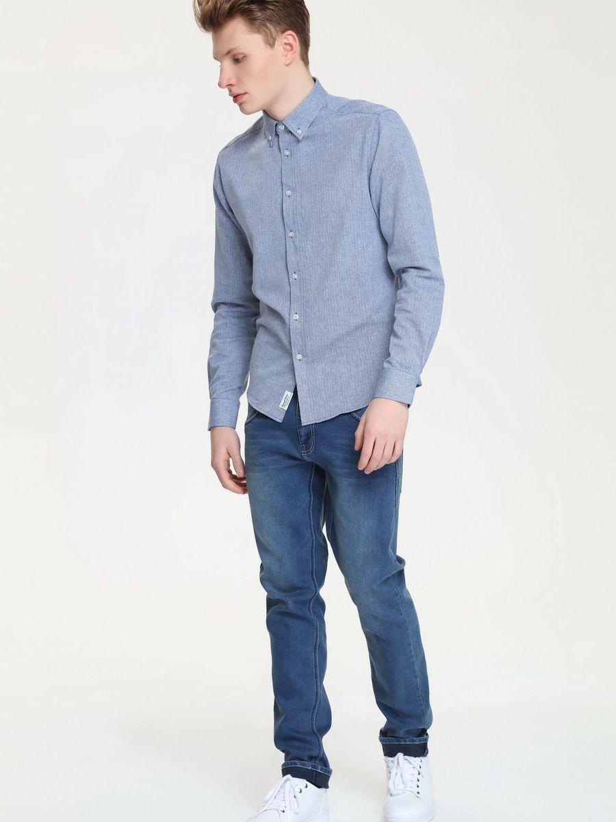 SKL1925NIМужская рубашка Top Secret выполнена из натурального хлопка. Модель с отложным воротником и длинными рукавами застегивается на пуговицы по всей длине. Низ рукавов дополнен манжетами на пуговицах.